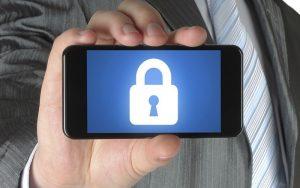 Akıllı telefonlarda güvenlik önlemleri.