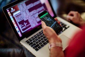 İsrail Pegasus isimli casus yazılımı Apple sunucularında kullanıyor.