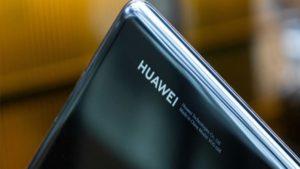 Google servislerinden men edilen Huawei Mate 30'un çıkış tarihi belli oldu.